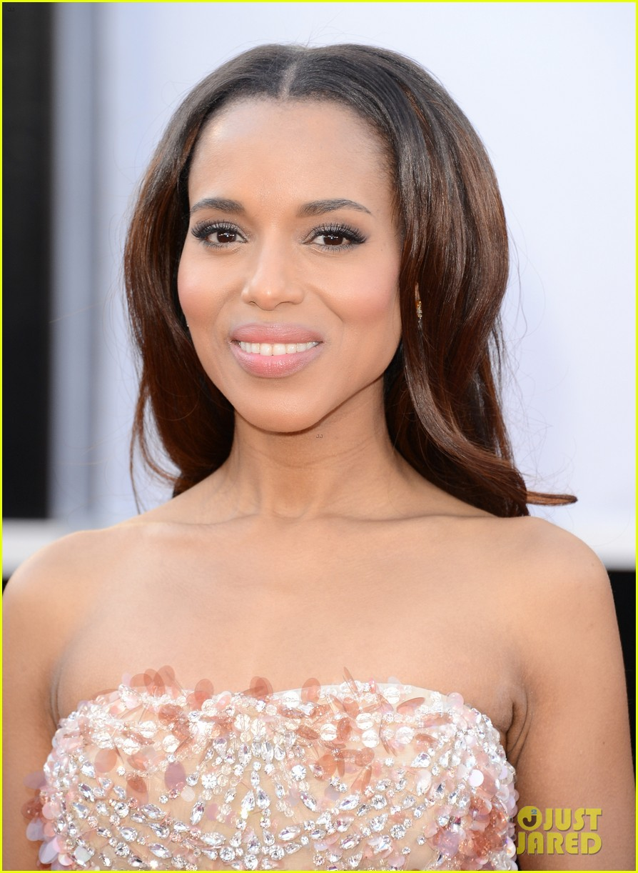 kerry washington oscars 2013 red carpet 032818999