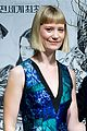 mia wasikowska stoker south korea press conference 04