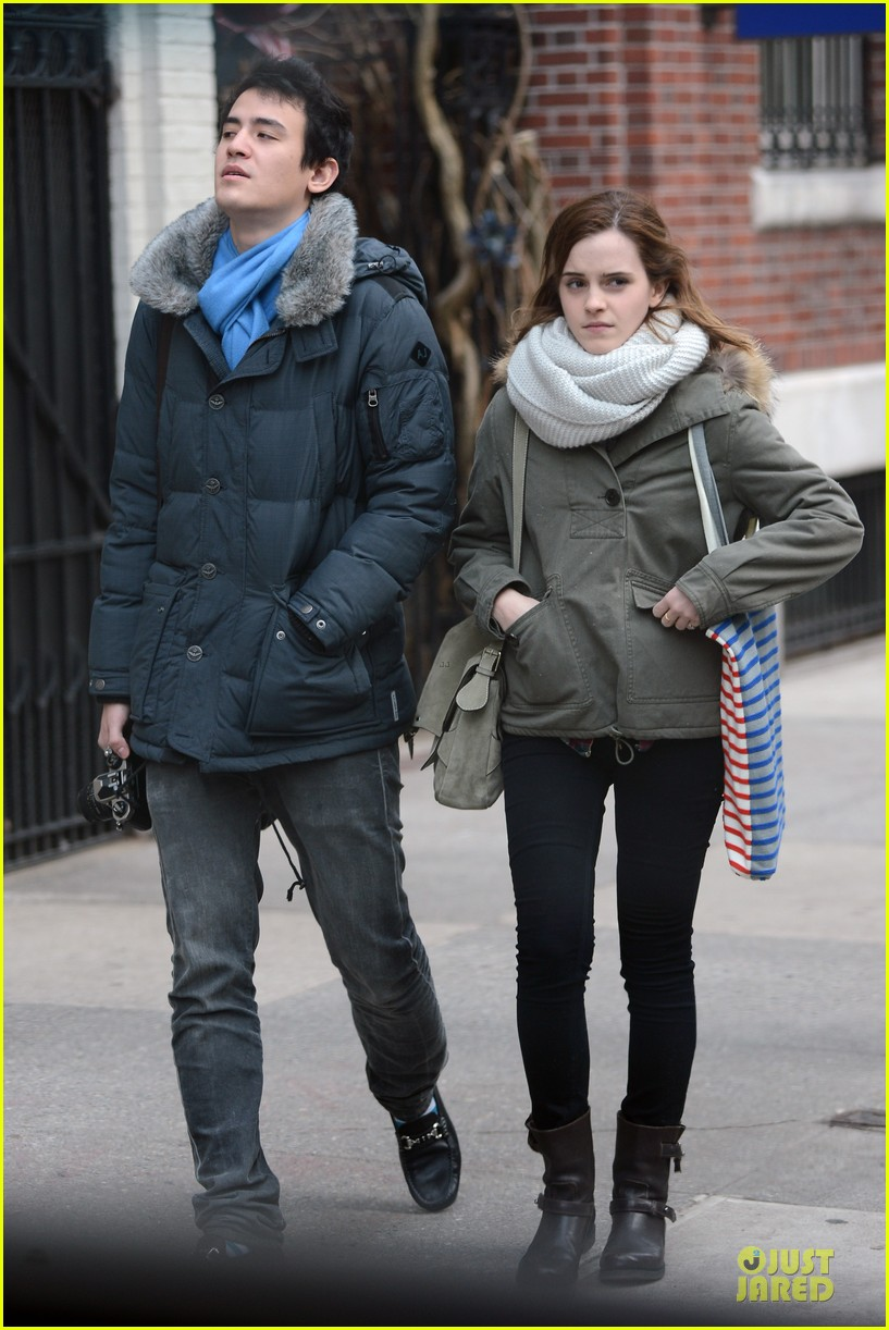 emma watson will adamowicz romantic stroll after valentines day 062813610