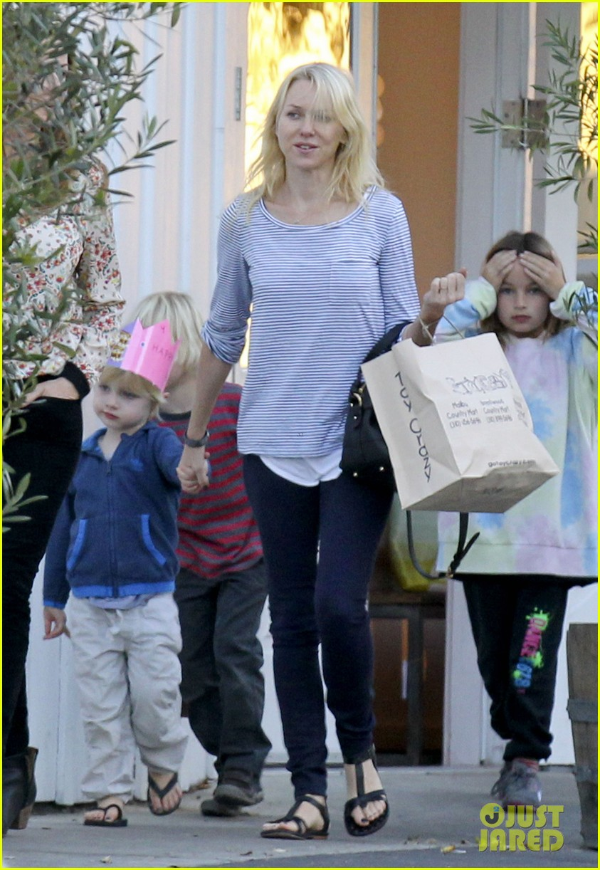 naomi watts facial skin secrets revealed 01