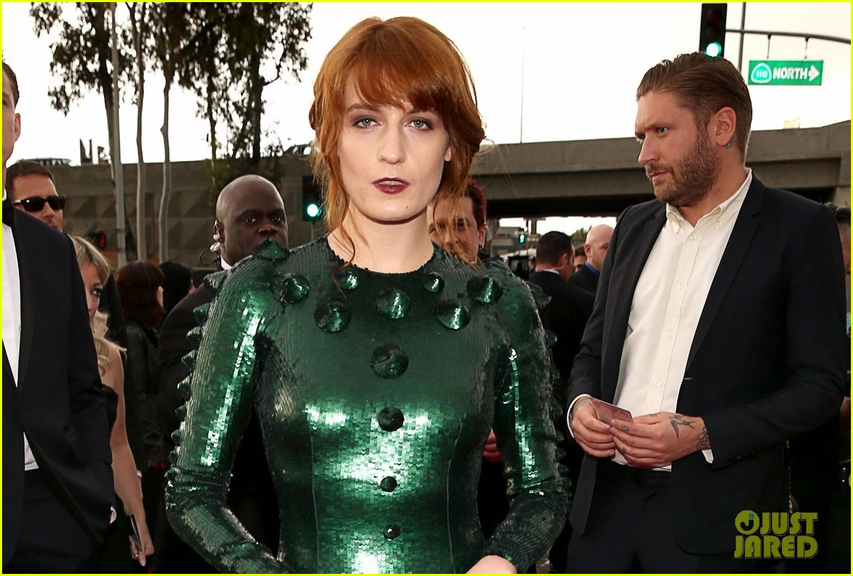 florence welch grammys 2013 red carpet 04