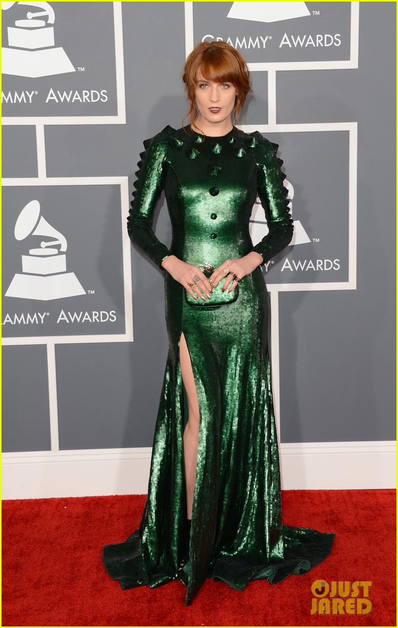 florence welch grammys 2013 red carpet 052809337