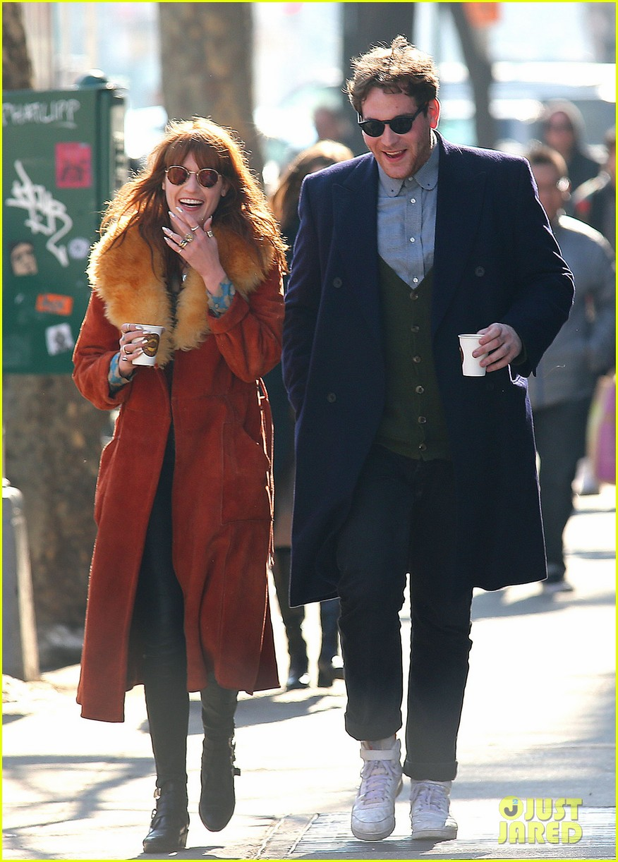 florence welch valentines day stroll with mystery man 102812962