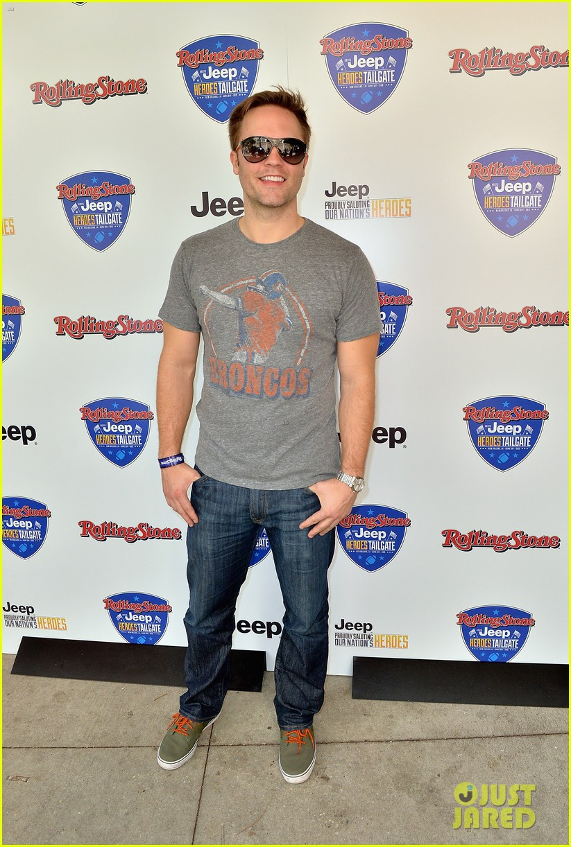 paul wesley torrey devitto super bowl tailgate party 052804490