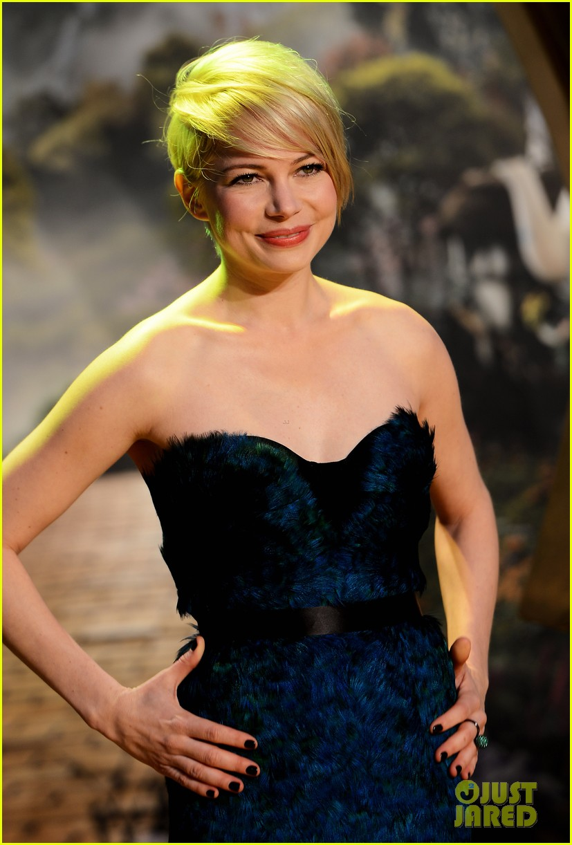 michelle williams rachel weisz oz great powerful uk premiere 052822383