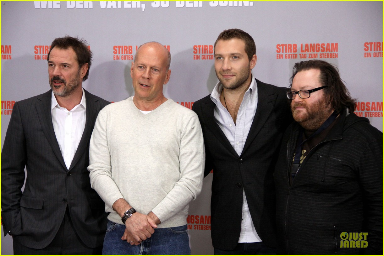 bruce willis jai courtney die hard photo call in germany 072805377
