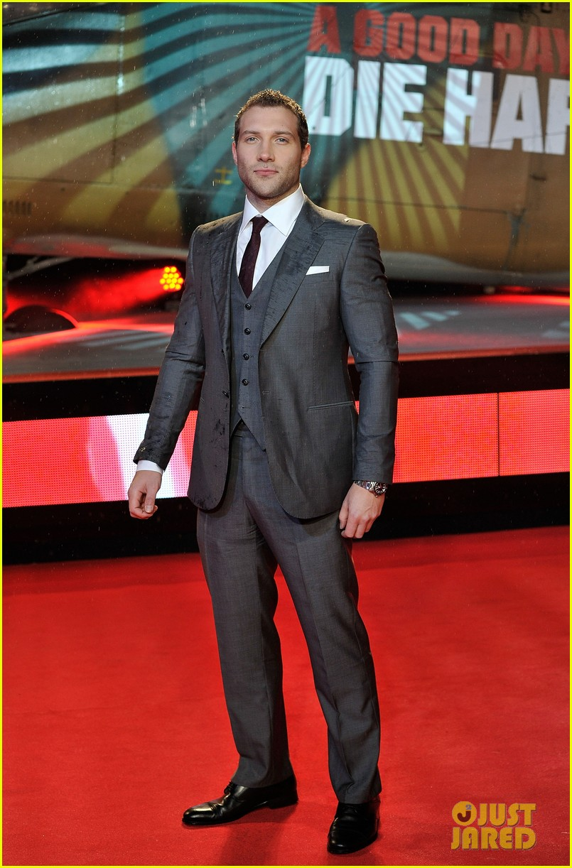 bruce willis jai courtney die hard london premiere 052806731