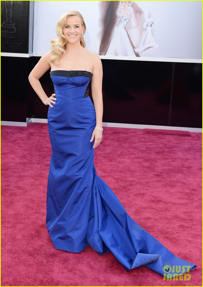 reese witherspoon oscars 2013 red carpet 012818986
