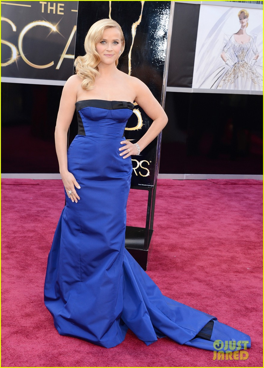 reese witherspoon oscars 2013 red carpet 032818988