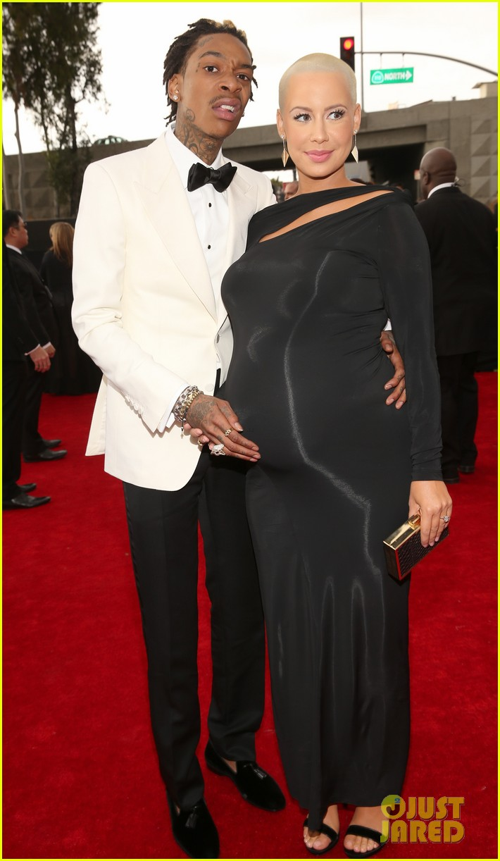wiz khalifa amber rose grammys 2013 red carpet 01