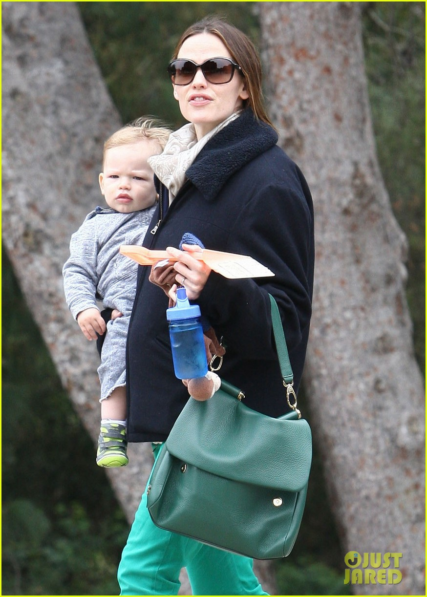 ben affleck jennifer garner family park day 10