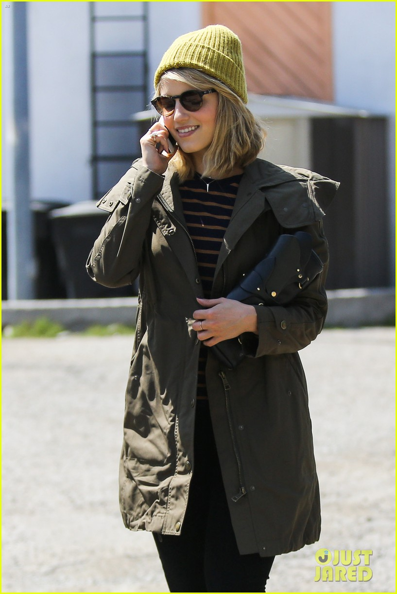 dianna agron heres to showing your love 122838994