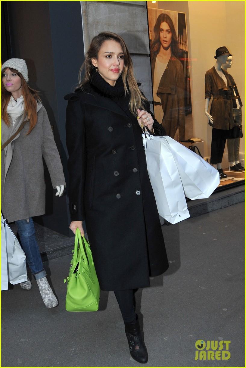 jessica alba kenzo paris fashion show 122824270