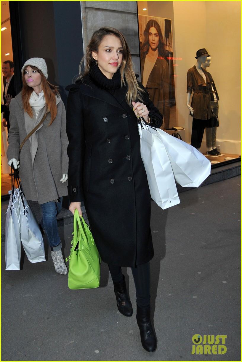 jessica alba kenzo paris fashion show 13