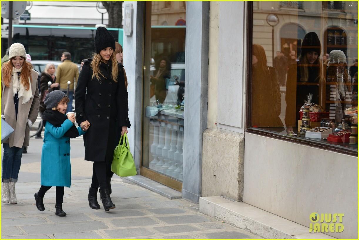 jessica alba kenzo paris fashion show 182824276