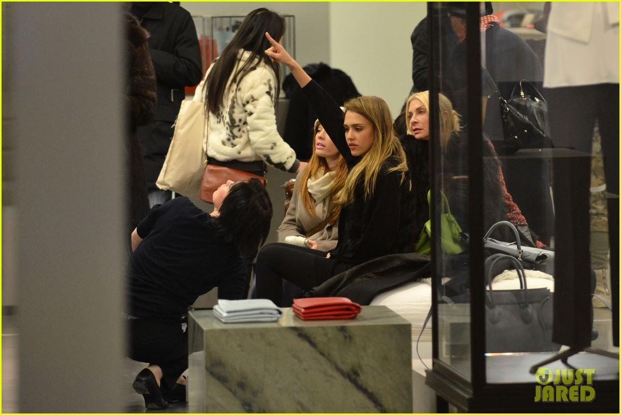 jessica alba kenzo paris fashion show 352824293