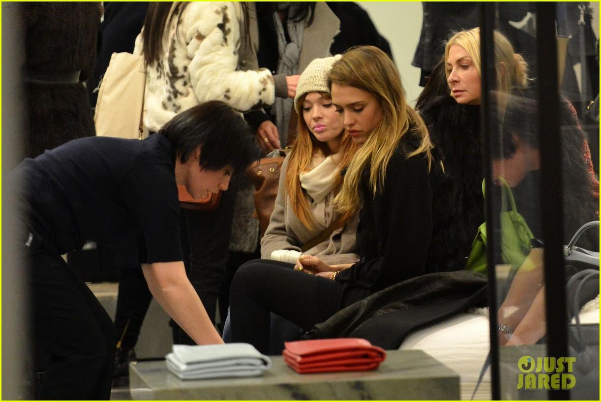 jessica alba kenzo paris fashion show 362824294