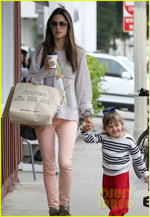 alessandra ambrosio fred segal shopper 142833207