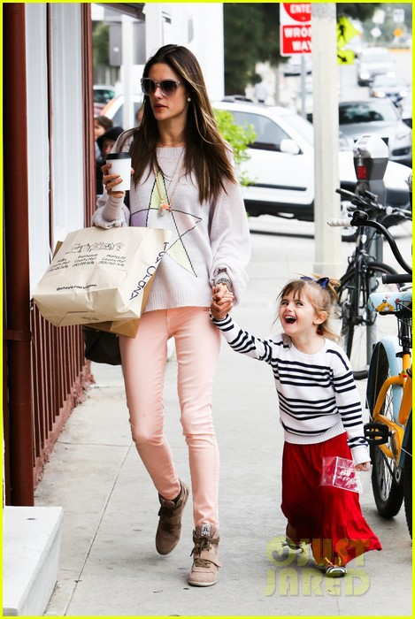 alessandra ambrosio fred segal shopper 282833221