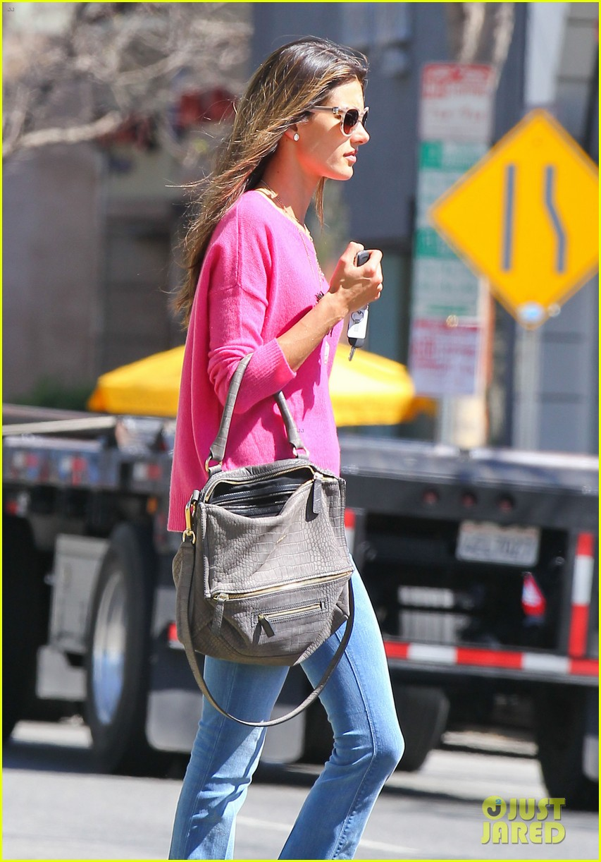 alessandra ambrosio candice swanepoel separate solo outings 11