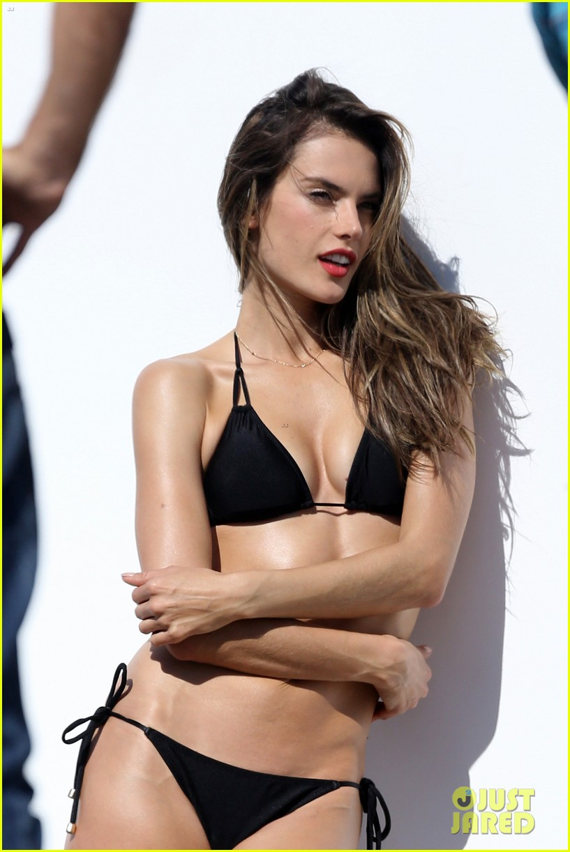 alessandra ambrosio bikini photo shoot in malibu beach 042829297