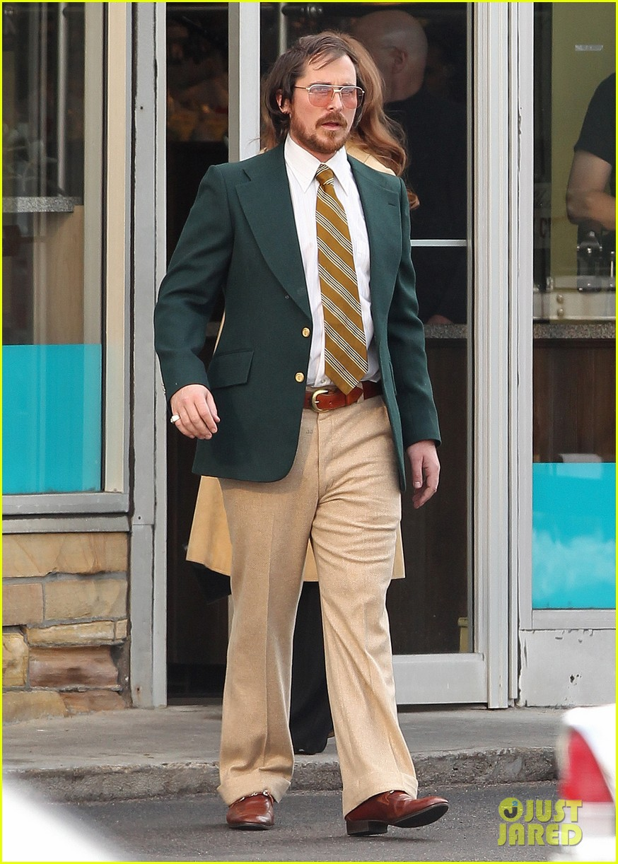 christian bale comb over cut for abscam with amy adams 032835310