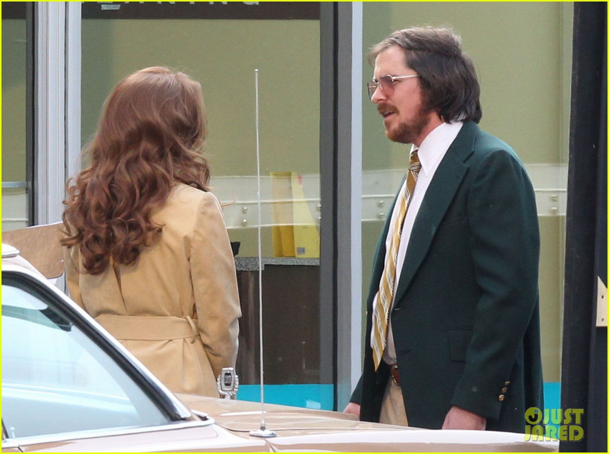 christian bale comb over cut for abscam with amy adams 172835324