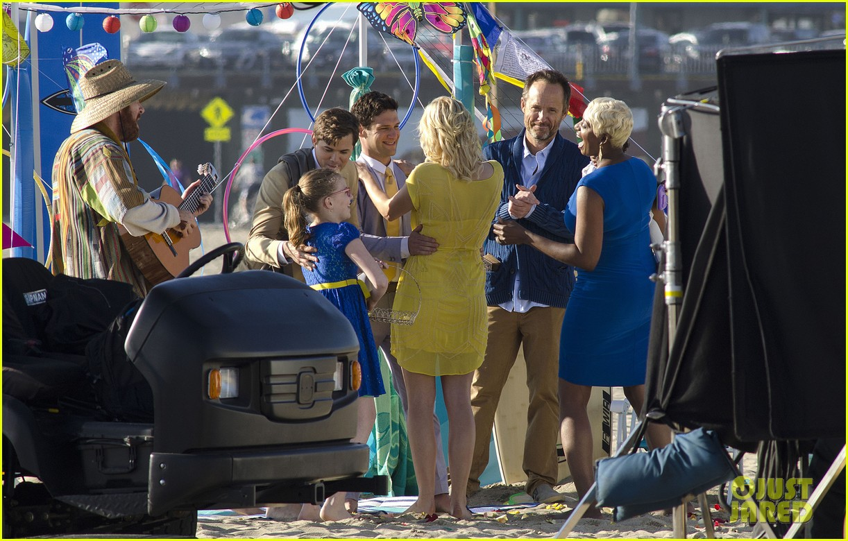 andrew rannells justin bartha new normal beach filming 112829456