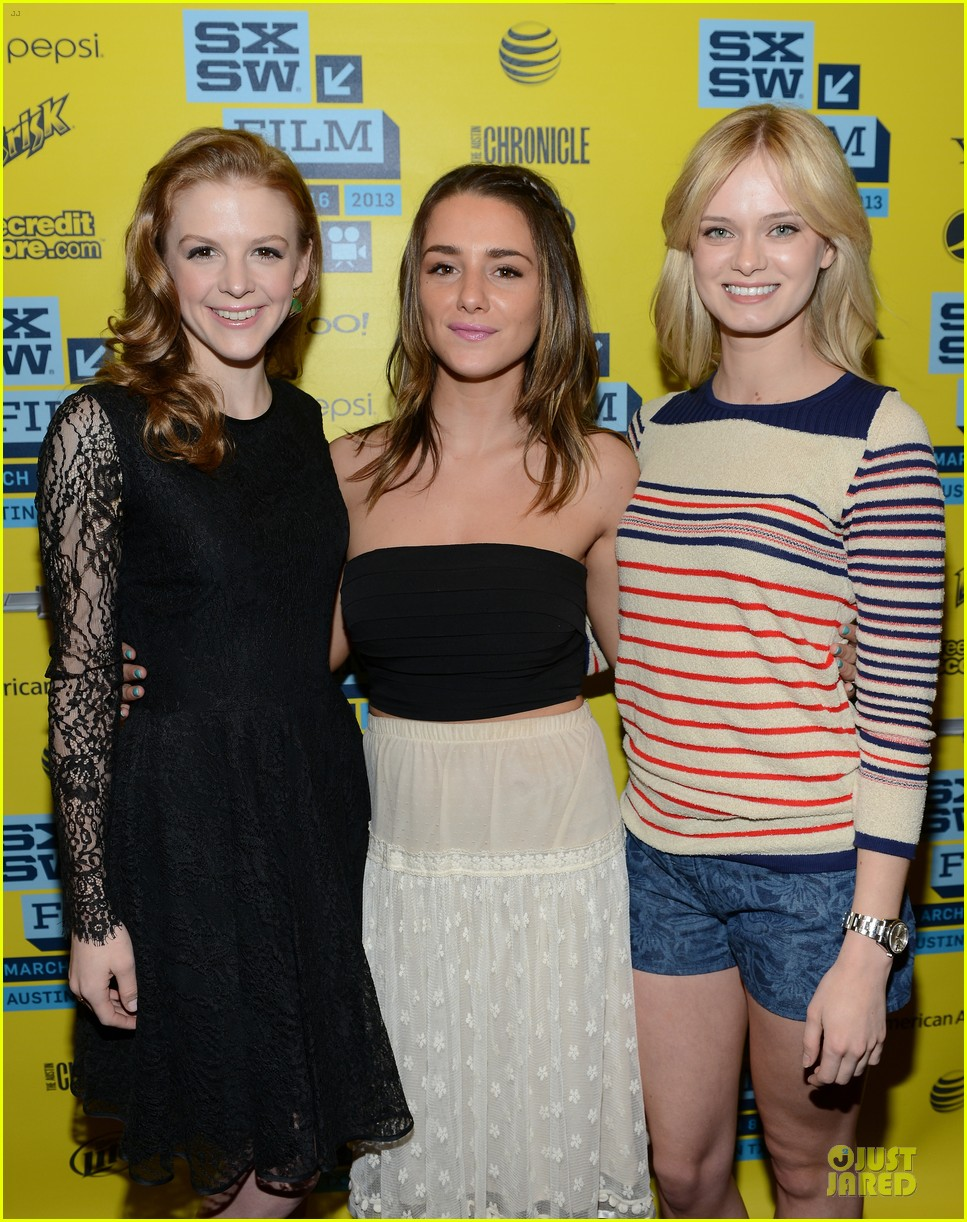 ashley bell sara paxton the bounceback photo op at sxsw 172827854