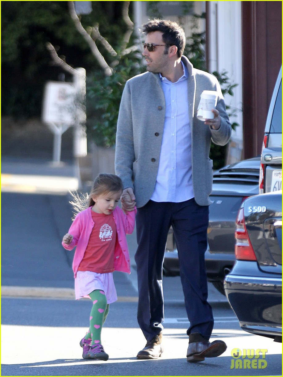 ben affleck breakfast stop with seraphina 162823076