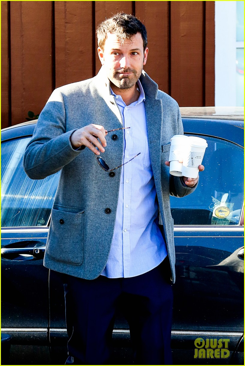 ben affleck breakfast stop with seraphina 242823084