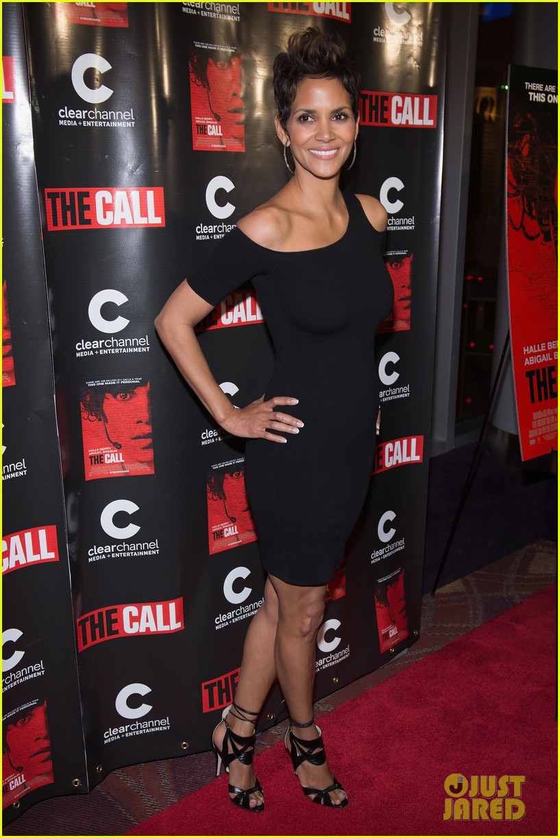 halle berry the call chicago premiere 03