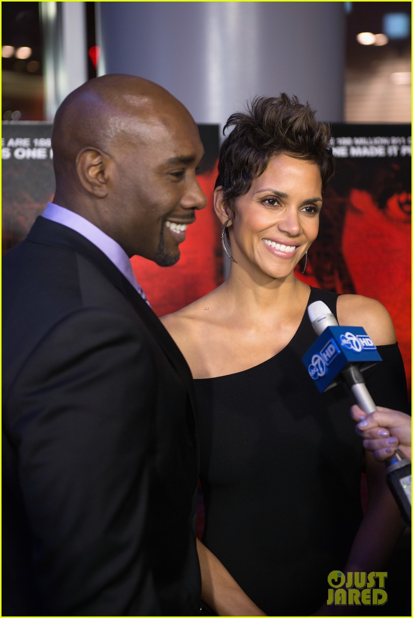 halle berry the call chicago premiere 102822698