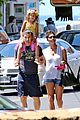 halle berry nahla henna tattooing mother daughter duo 15