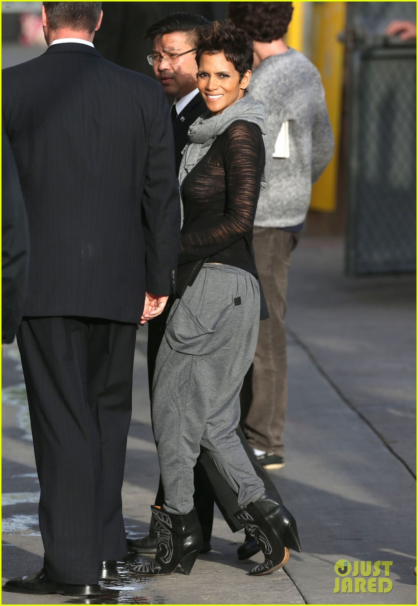 halle berry elle fanning jimmy kimmel live ladies 012834860