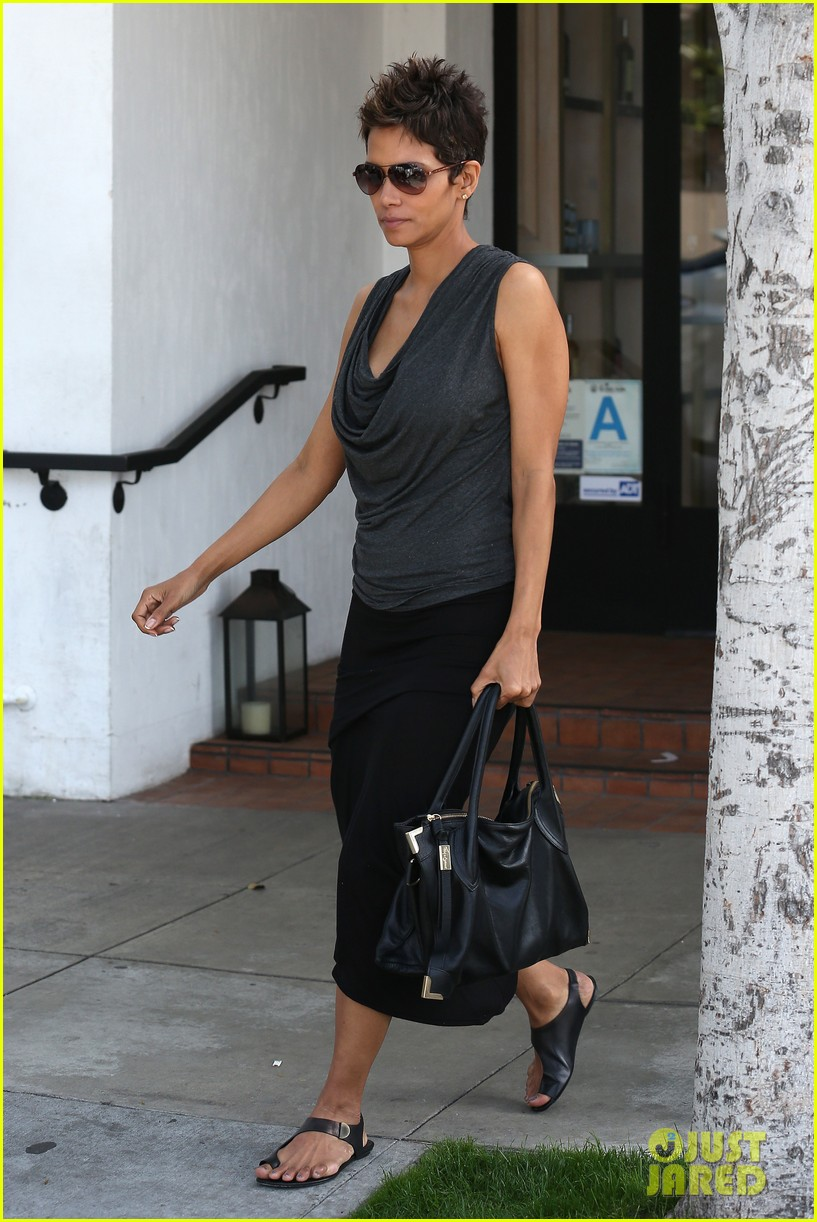 halle berry olivier martinez fig olive lunch 052837585