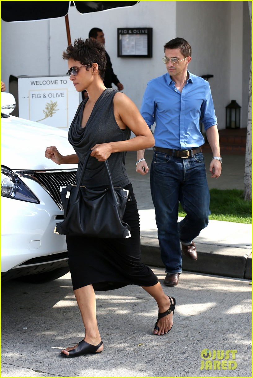 halle berry olivier martinez fig olive lunch 162837596