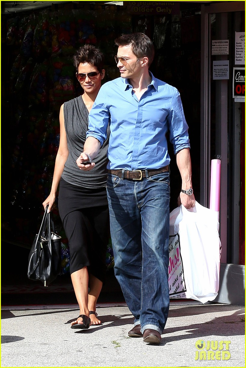 halle berry olivier martinez fig olive lunch 202837600