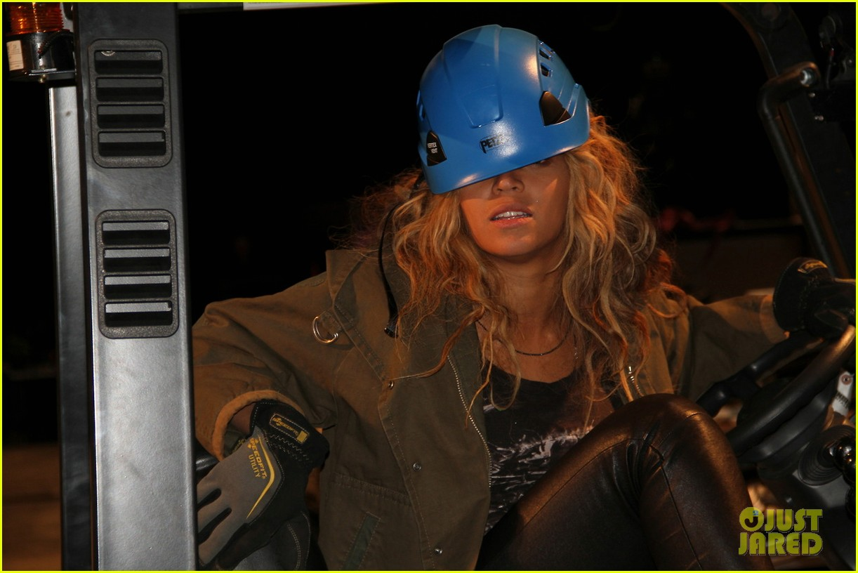 beyonce blue ivy brooklyn lunch pair 092837663