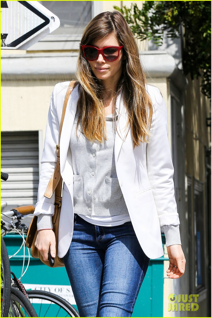 jessica biel justin timberlake to sell 750000 albums 04