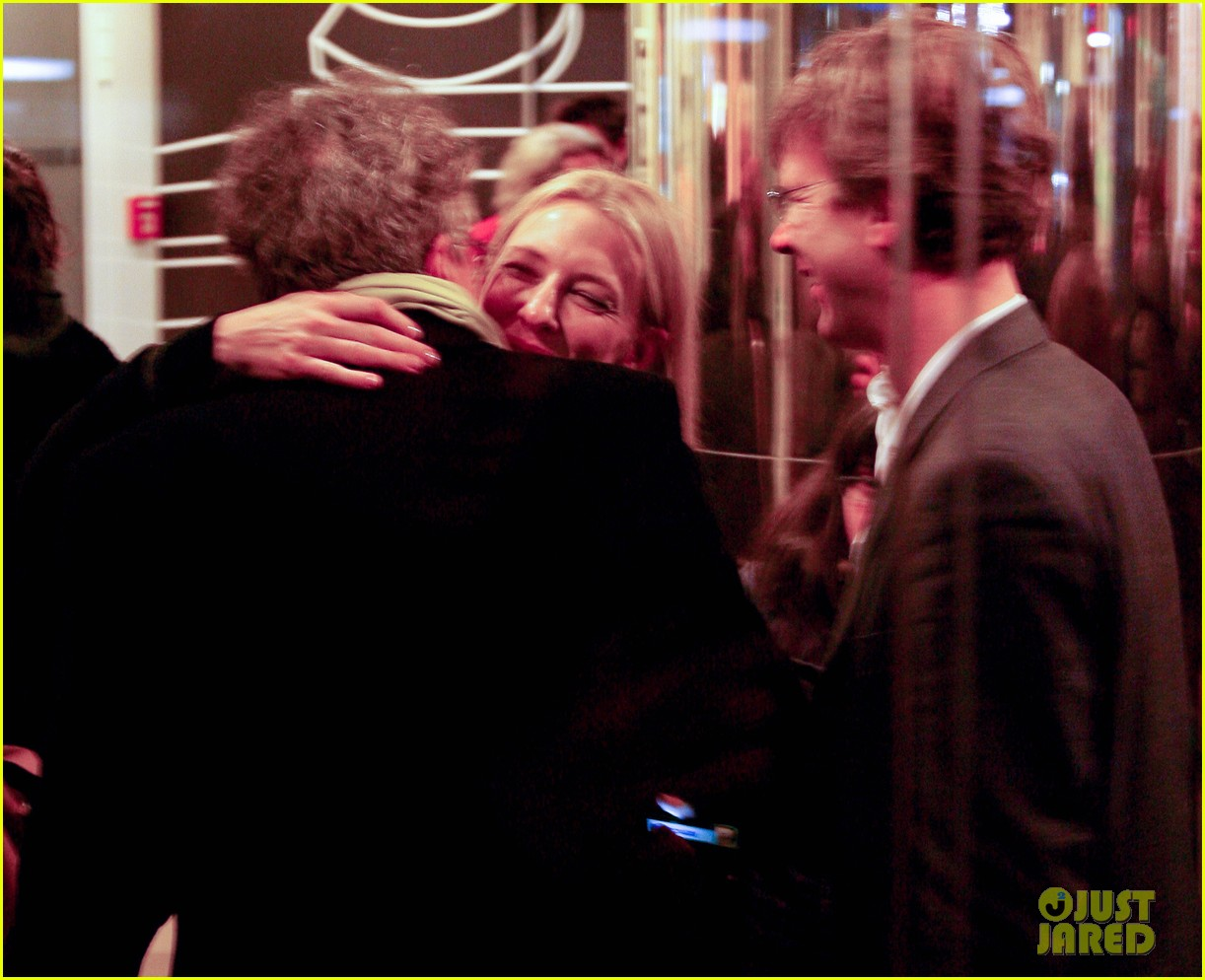 cate blanchett find 2013 showcase with geoffrey rush 02