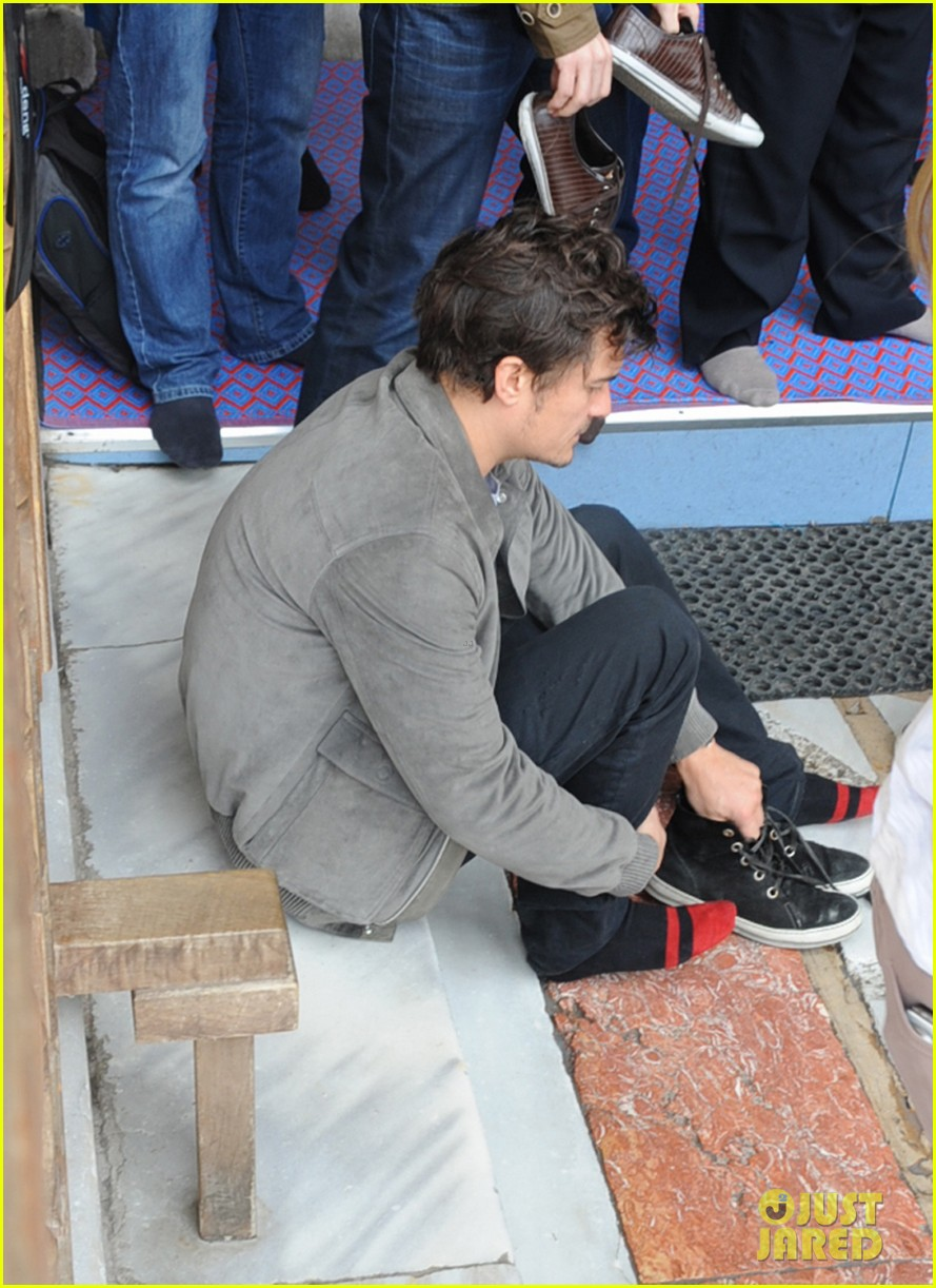 orlando bloom sightseeing in istanbul 042835802