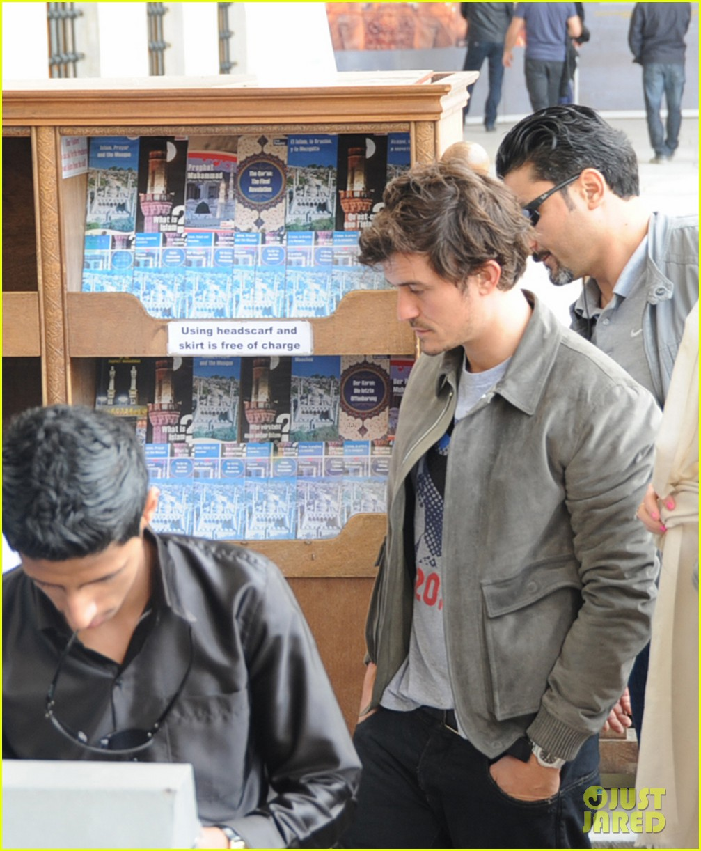 orlando bloom sightseeing in istanbul 062835804