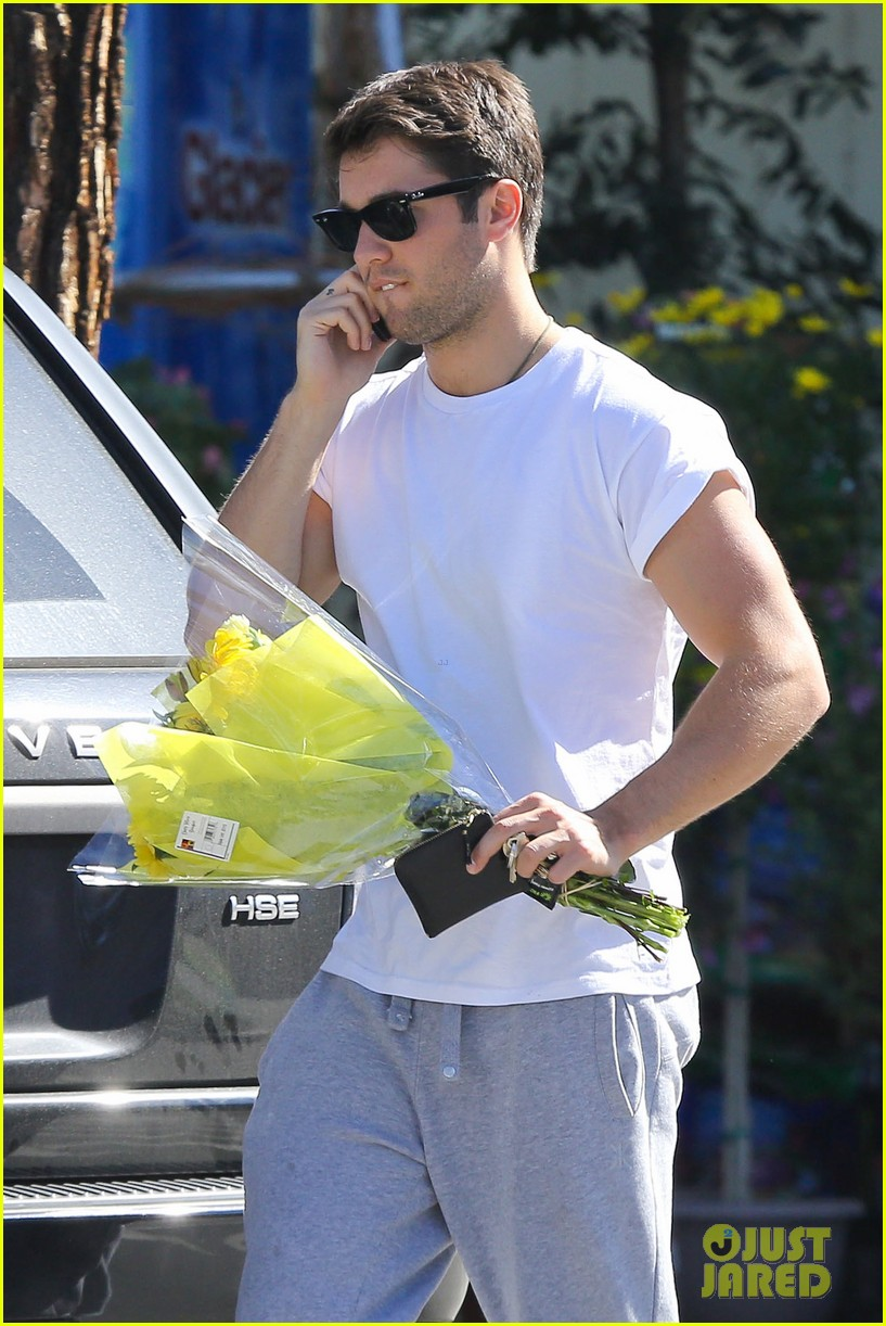 josh bowman flower delivery guy 022829376