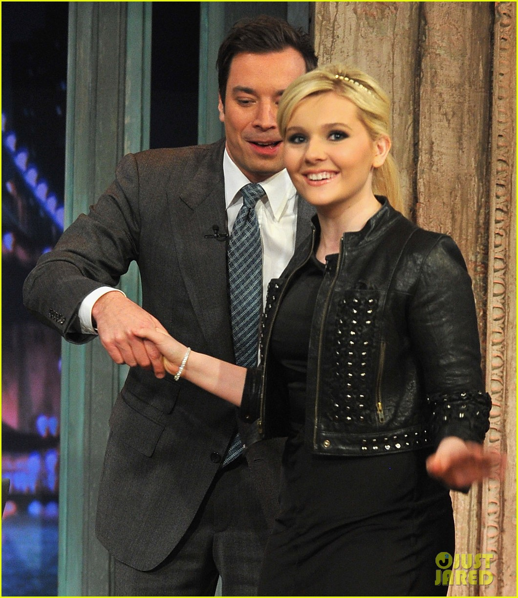 abigail breslin late night with jimmy fallon appearance 052830334