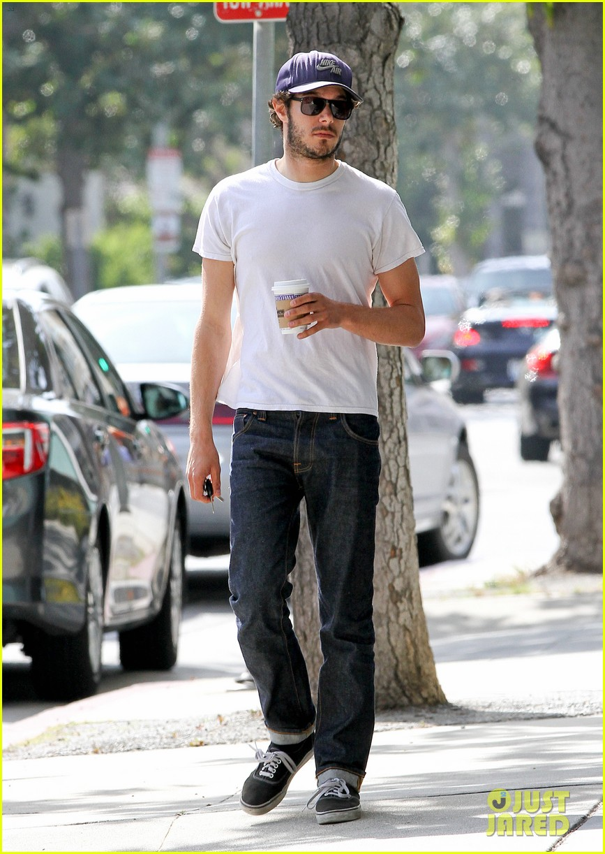 adam brody neil labutes some girls was really really fun 092838539