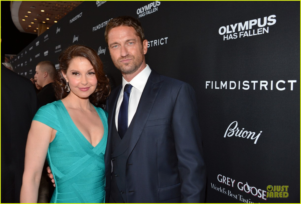 gerard butler olympic has fallen hollywood premiere 022833091
