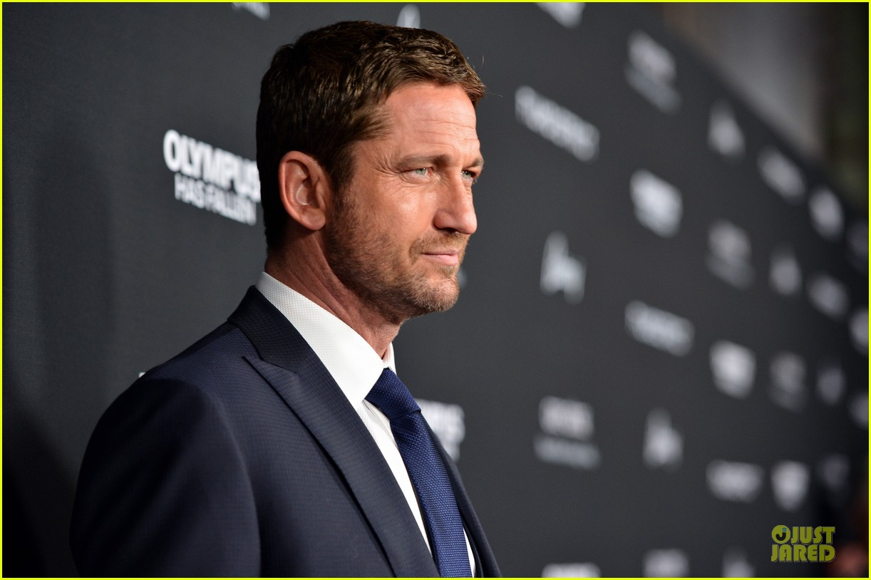 gerard butler olympic has fallen hollywood premiere 102833099