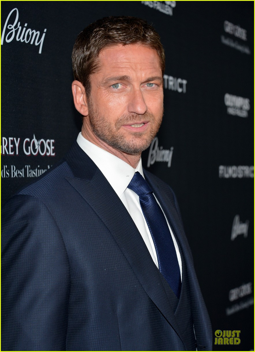 gerard butler olympic has fallen hollywood premiere 152833104