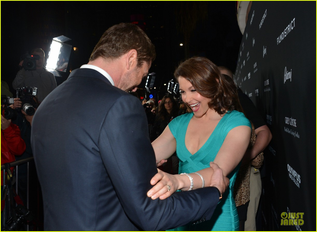 gerard butler olympic has fallen hollywood premiere 172833106